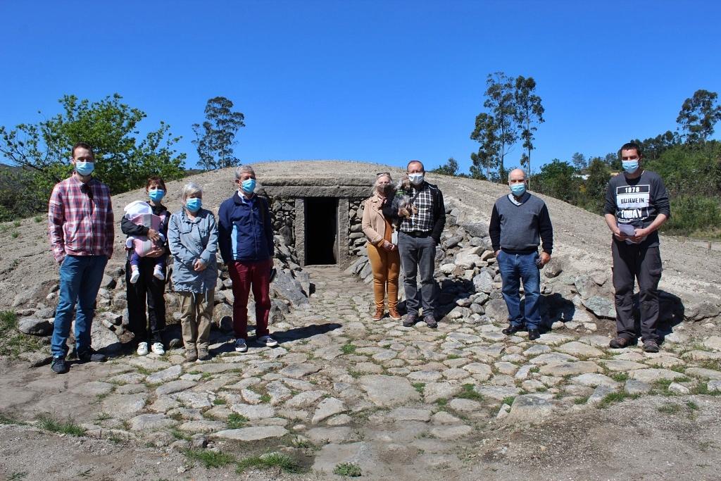 Read more about the article Dia Mundial dos Monumentos e Sítios: Visita ao Dólmen de Antelas